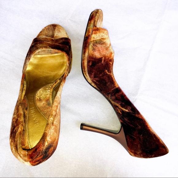 Buy Gold Heels